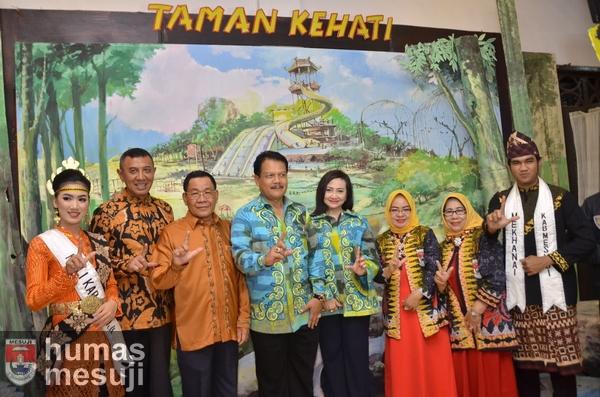 Kabupaten Mesuji Tampilkan Potensi Kerajinan dan Wisata di Lampung Fair 2017