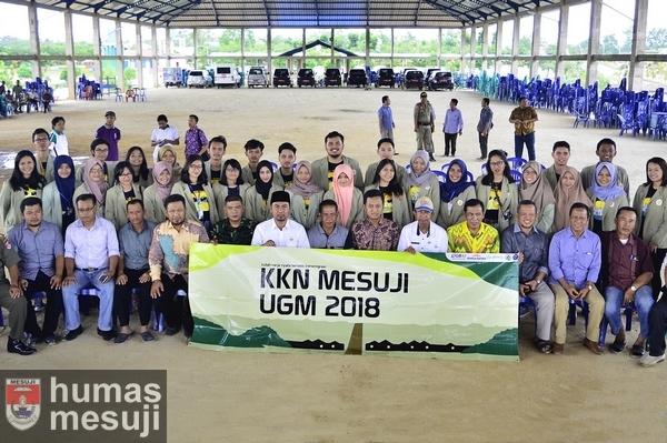 30 Mahasiswa UGM Laksanakan KKN-PPM di Mesuji