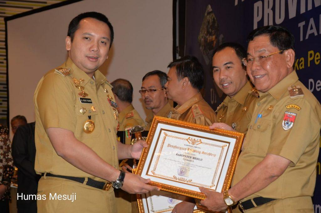 Sukses Tekan Kemiskinan, Pemkab Mesuji Raih Penghargaan Lampung Sejahtera